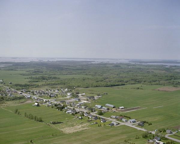 Vue d'ensembre du village en 2007